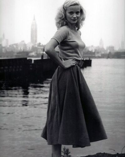 Real Girl Style Nyc 1950s Via Wes Del Val Tumblr Nice