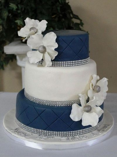 Navy and White (silver wedding) Cake from Cakeaholic... / wedding ...