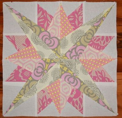 Mariner's Compass 1 - paper pieced - Indulgy - Everyone deserves a