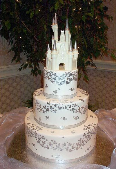 disney wedding cake theme parks i love juxtapost. Black Bedroom Furniture Sets. Home Design Ideas