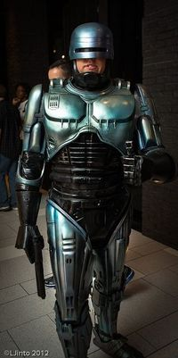 Robocop cosplay, photo by LJinto at SDCC