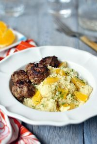 Moroccan Meatball with Couscous http://www.maameemoomoo.com/blog/2012/09/11/moroccan-meatball-with-couscous/#