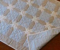 Beautiful baby quilt idea - cute & quick to make