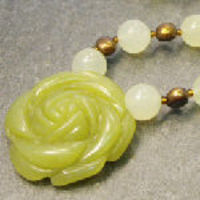 Jade necklace with flower pendant