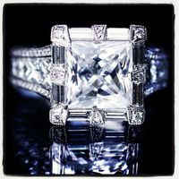*gasp* #tacoriofficial Tacori. style no. HT2601PR8.5 http://www.tacori.com/Engagement-Rings/HT2601PR85