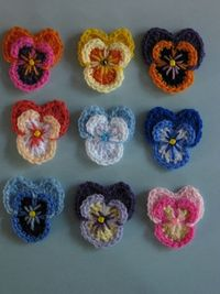 Pansy on Ravelry - picture perfect, and a free pattern! #crochet #flowers
