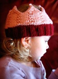 Knit Crown Pattern. Make this in shiney gold.