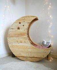 moon cradle - gorgeous!