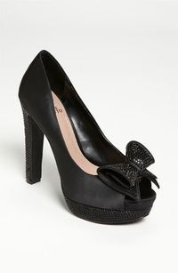 Vince Camuto 'Grady' Pump available at Nordstrom too bad it is not in coral!