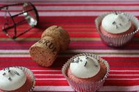 strawberry champagne cupcakes the way the cookie crumbles