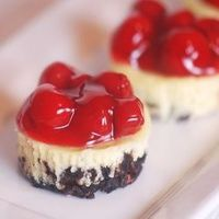 Weight Watcher Cherry Cheesecakes - Click image to find more Food & Drink Pinterest pins