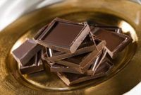 How to Make Chocolate for Valentine's Day
