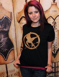 Mockingjay. Women's EXTRA LARGE