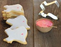 how to make one dozen cut out sugar cookies.