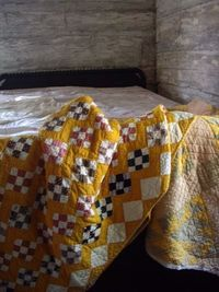Tones of cheddar quilts