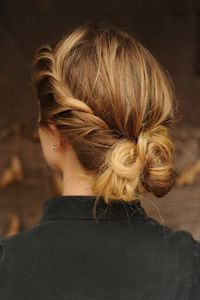 Gorgeous loose up do. Image via Design Chic